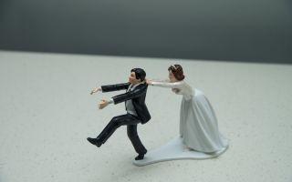 Как понять женщине, почему мужчина решил её бросить и уйти из семьи?