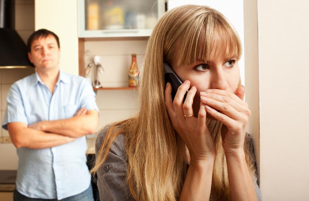жена изменяет мужу за проигрыш в карты рассказы