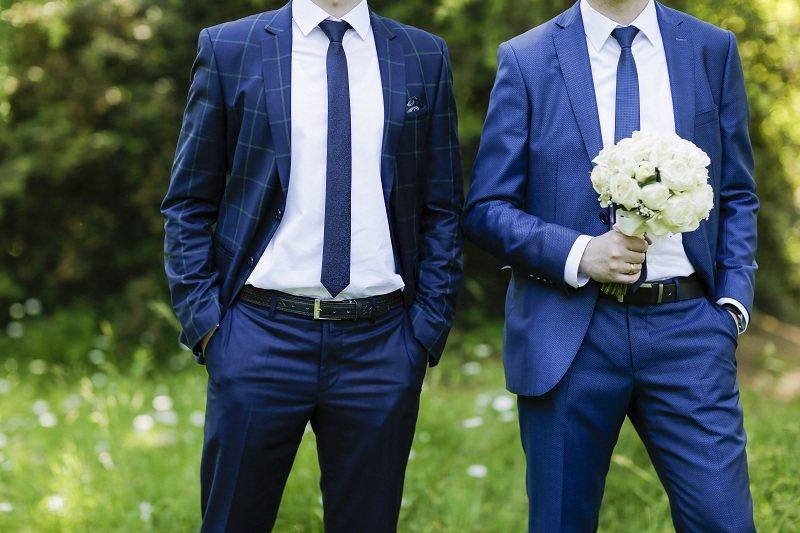 Мужчина после развода быстро нашел другую женщину и женился