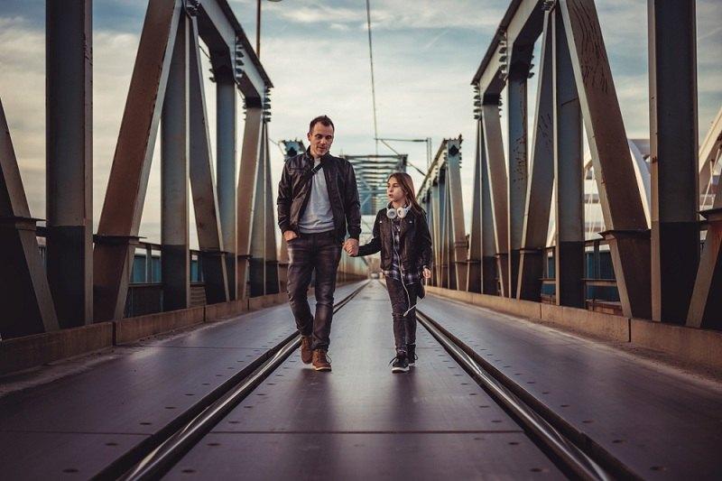 При разводе жена не дает видеться отцу с ребенком
