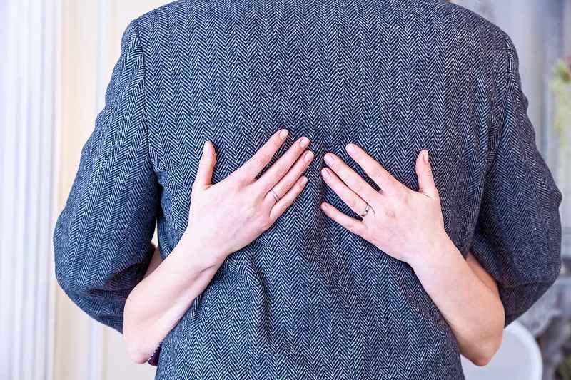 Чтобы помириться с мужем нужно быть честной по отношению к нему