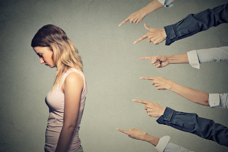 Женщина чувствует себя виноватой после измены мужу