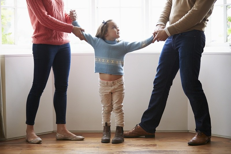 Супруги после развода не могут поделить ребенка