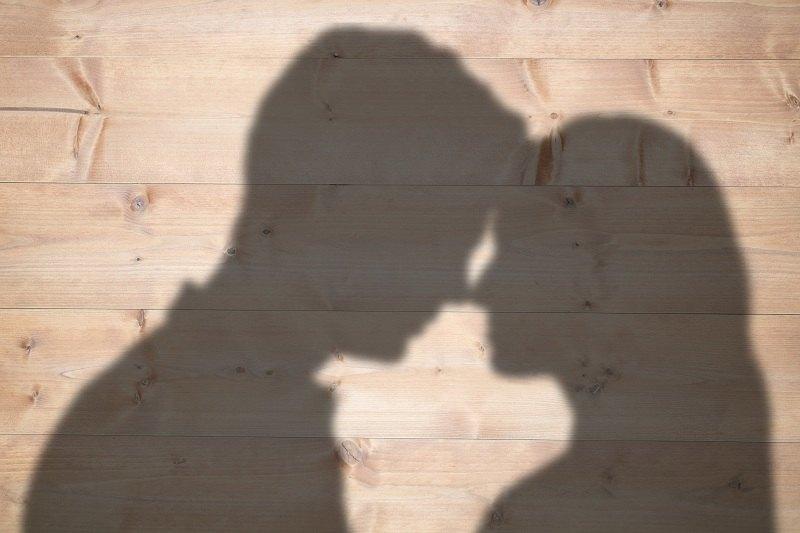 Муж и жена померились после измены