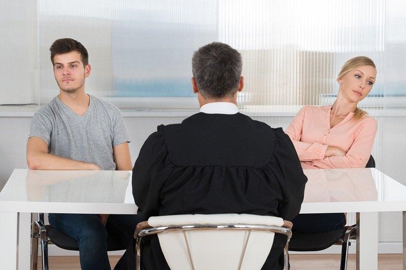 Судья дал один месяц супругам на примерение перед разводом